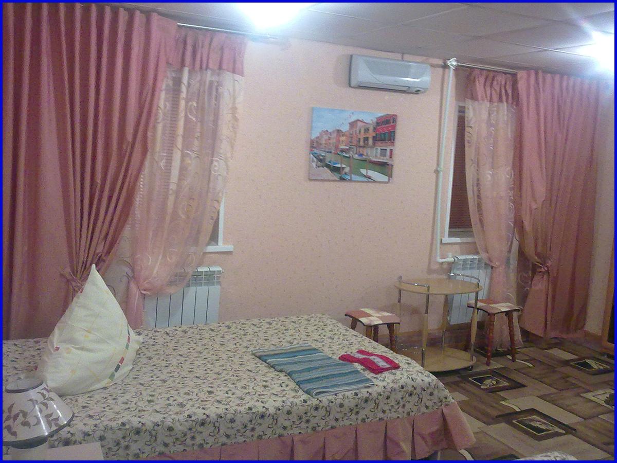 Гостиница в Когалыме Северная звезда Двухместный повышенной комфортности номер 4